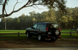 12 1999 Landrover Discovery