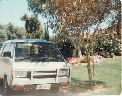 8 1983 Toyota Tarago