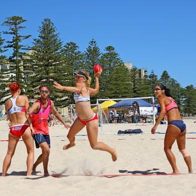 beach-hand-ball